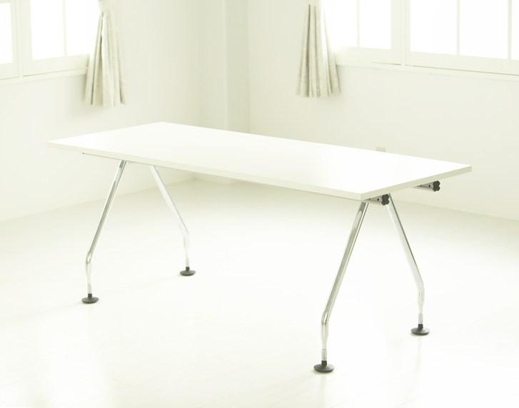 多目的テーブル
